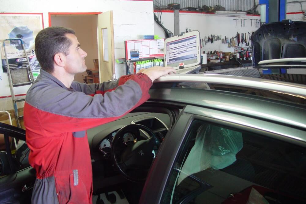 Identification des pannes auto - Garages Normandie